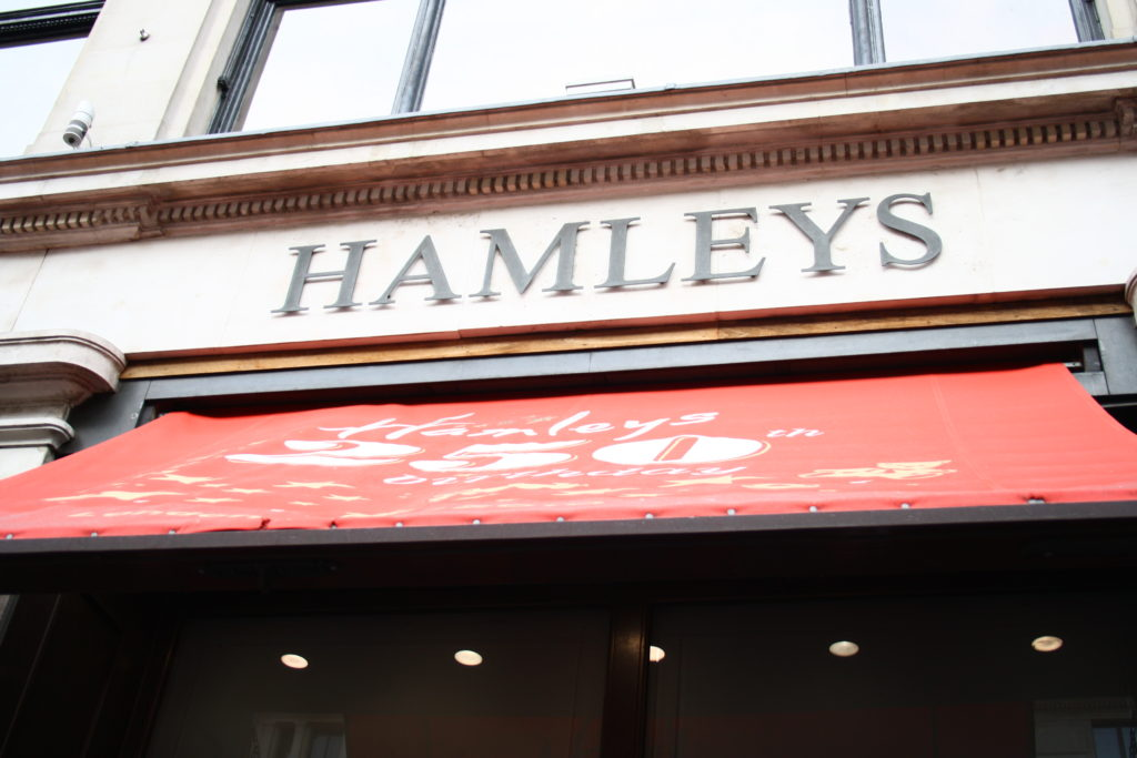 Hamleys - Magasin de jouets à Londres