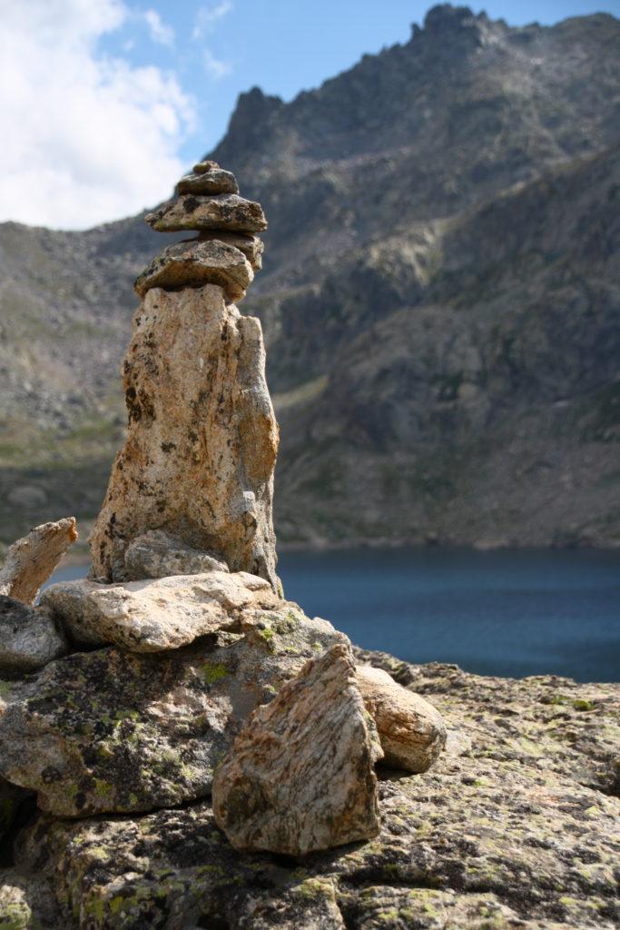 Lac du Bast - Cairn à la Vallée des Merveilles